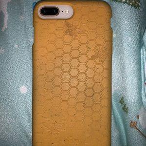 iPhone 8 Plus Pela Case - Honey Bee Edition